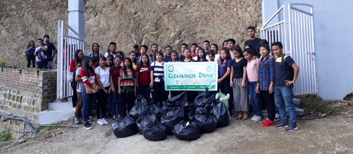 Cleanliness Drive for a 'plastic free campus'